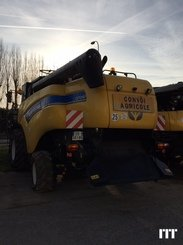 Combine harvester New Holland CX 7090 - 2