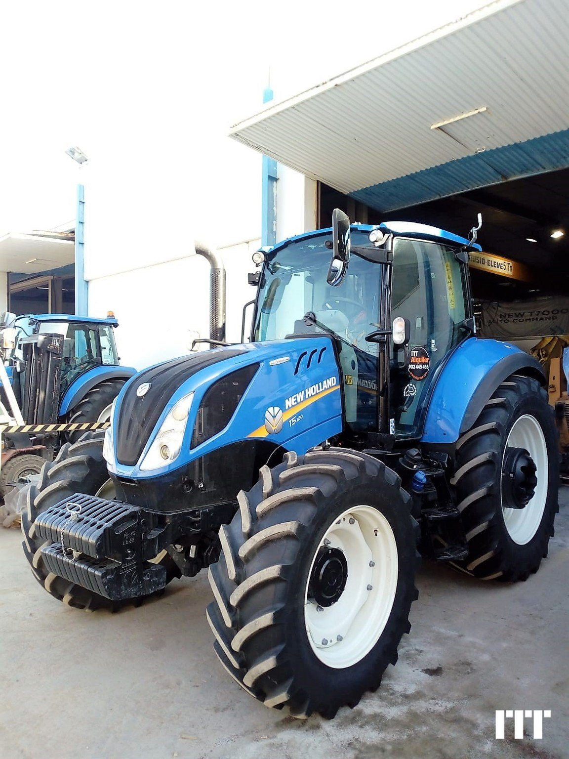 Farm tractors New Holland T5.120 EC - 1