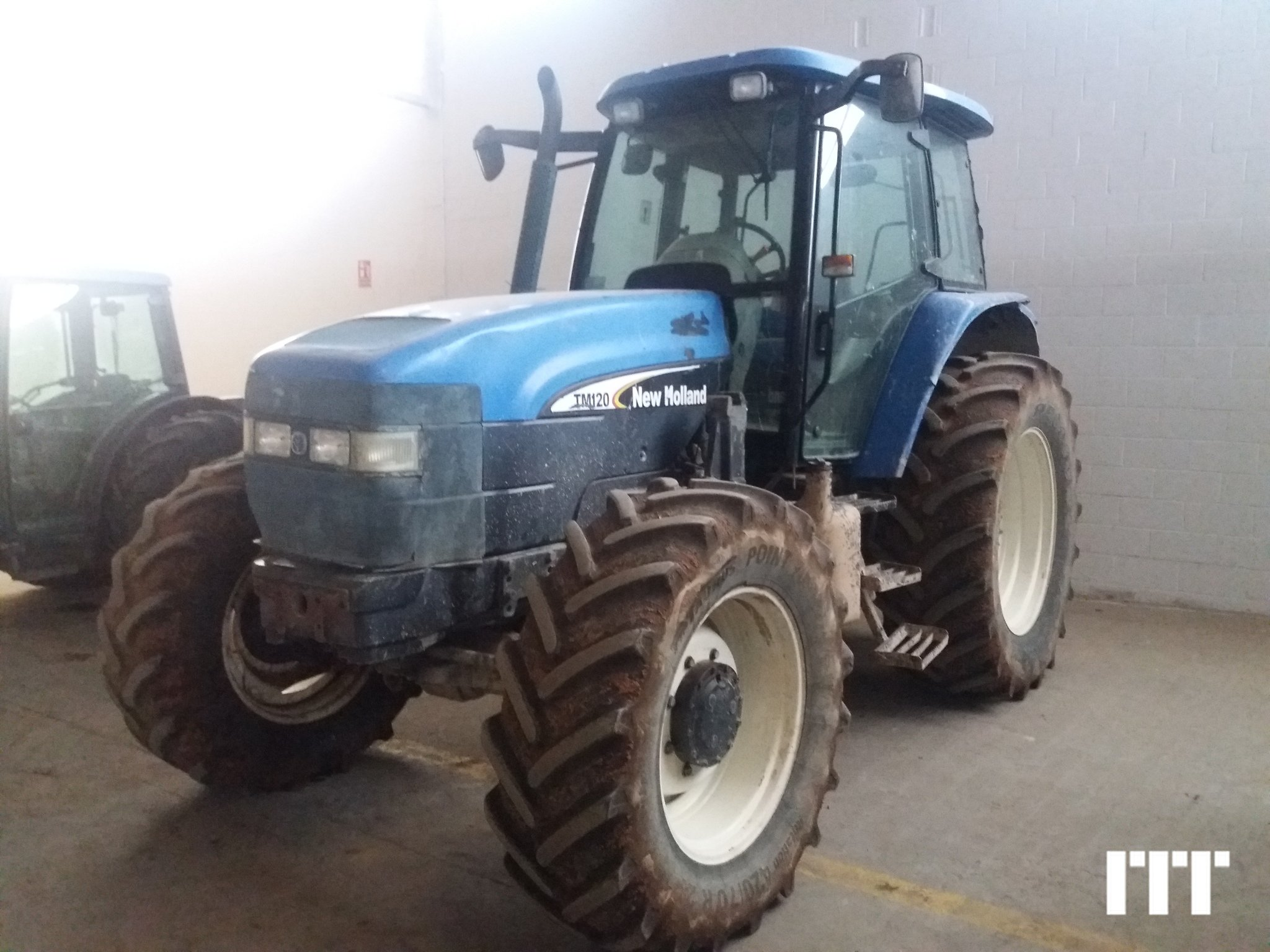 Farm tractors New Holland TM 120 - 1