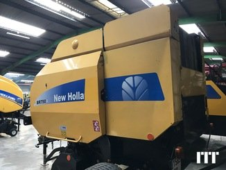 Round baler New Holland BR750 - 2
